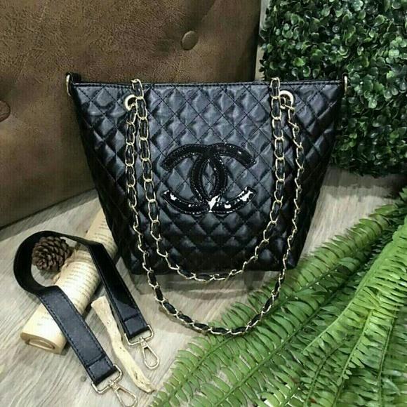 9b1034c18630 C H A N E L Bags | Chanel Chain Tote Shoulder Shopper Bag Vip Gift ...